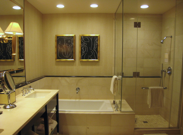 Encore at Wynn Las Vegas Review - Panoramic Suite Bathroom